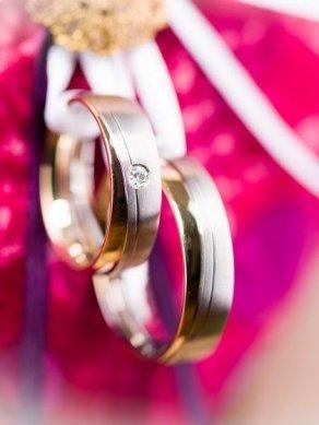Elige-el-color-de-tus-alianzas-de-boda